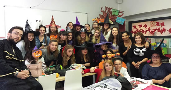 En Halloween no sólo salen brujas y fantasmas, también los alumnos de 2º TSEI