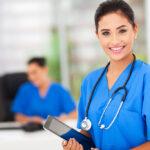 Cuidados auxiliares de enfermería, una de las profesionas más demandadas