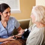 Los servicios de enfermería a domicilio, cada vez más demandados