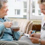 Las tareas del Auxiliar en Enfermería en las residencias de ancianos