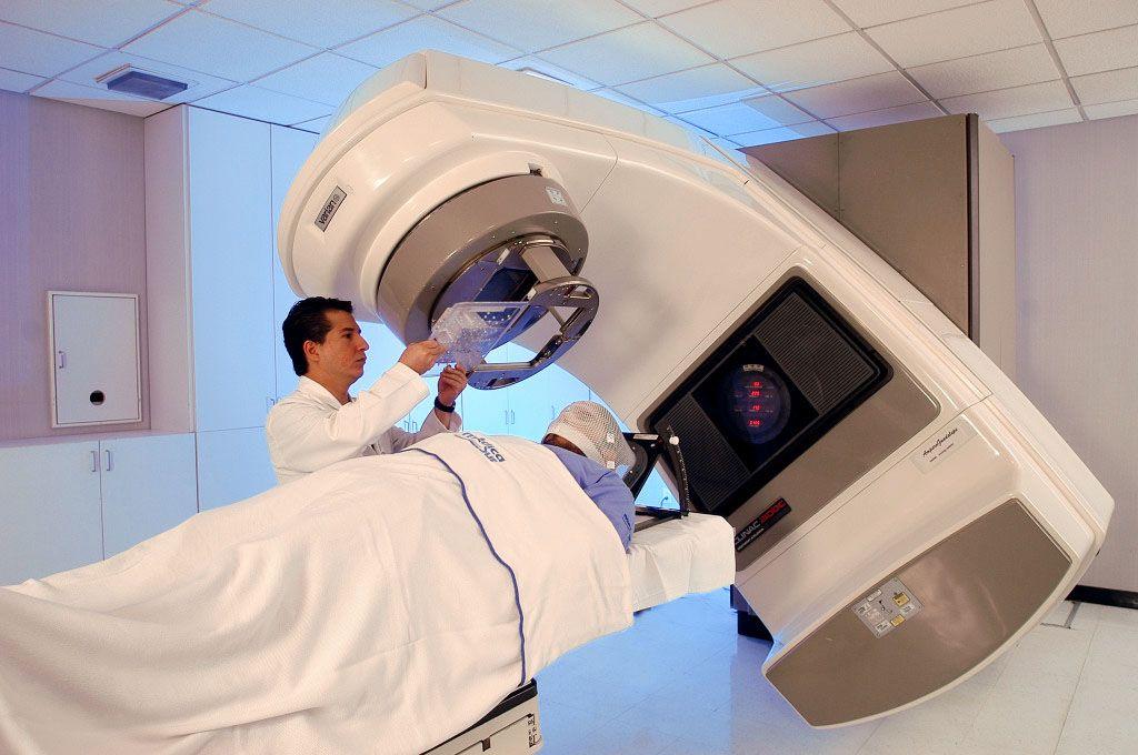 ¿Qué enfermedades trabaja la radioterapia y dosimetría?