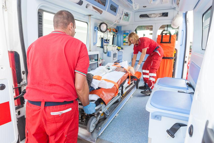 acciones dentro de una ambulancia